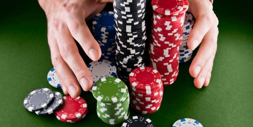 Trik Menang Terus Bermain Poker Online